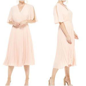 Maggy London NWT Split Sleeve Pleated Midi Dress 2